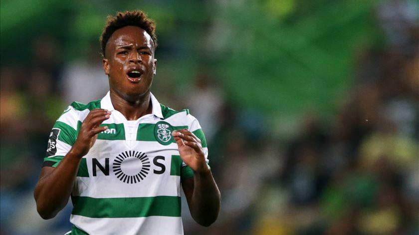 Sporting pede 15 milhões a quem quiser levar Jovane Cabral