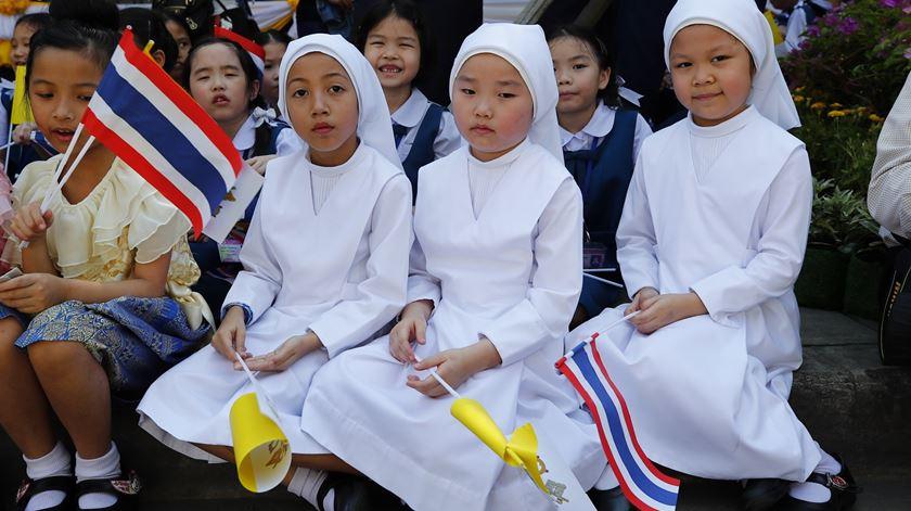 Amizade com Jesus ilumina o caminho, diz Papa aos jovens tailandeses