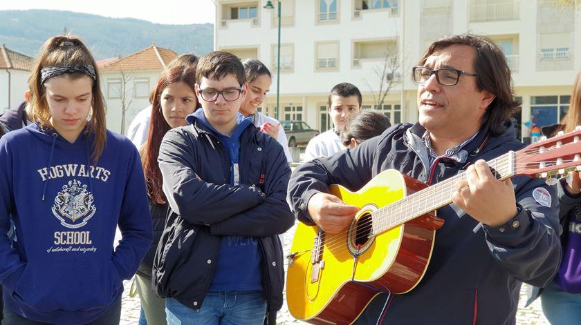 Jovens querem Igreja mais próxima