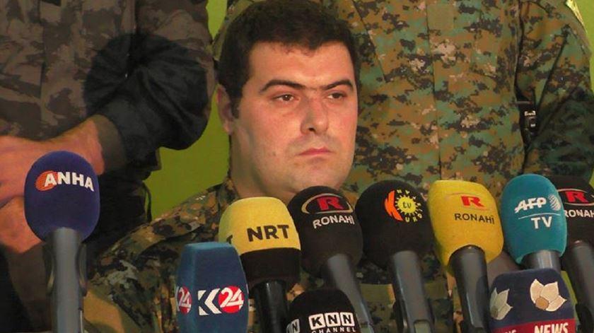 Kino Gabriel, porta-voz das Forças Democráticas da Síria. Foto: Facebook Syriac Military Council