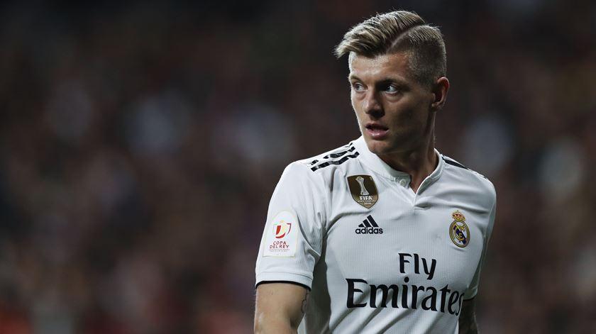 Kroos renova pelo Real Madrid