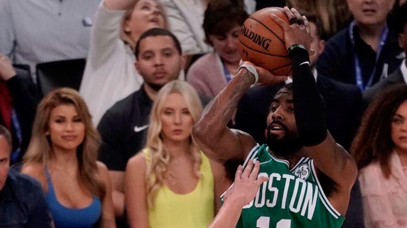 Kyrie Irving recusou jogar após a morte de Kobe Bryant