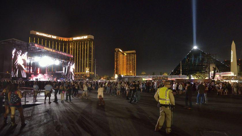 Tragédia em Las Vegas. Pelo menos 50 mortos em tiroteio