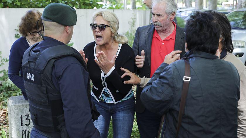 Lesados do BES em protesto durante ação de campanha do PS em Viana do Castelo. Foto: Miguel A. Lopes/ Lusa