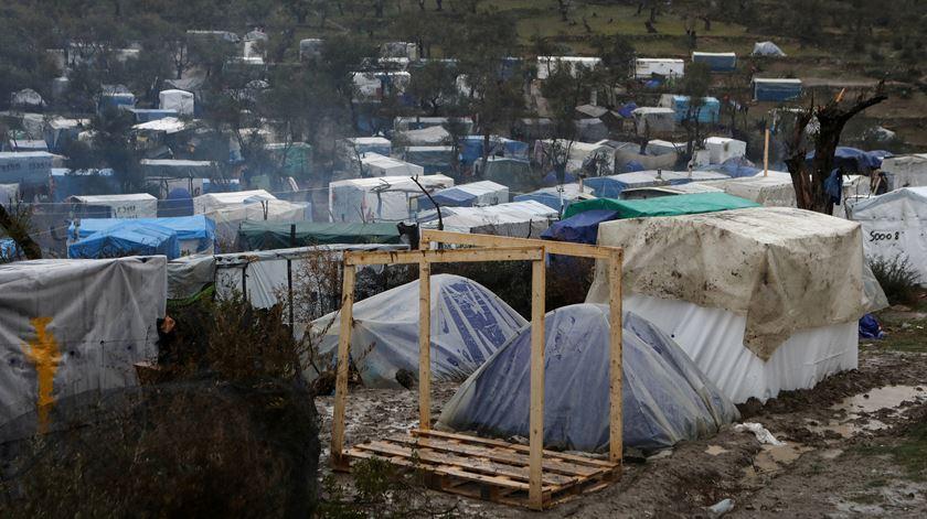Uma quarentena em negativo. A pandemia dos refugiados