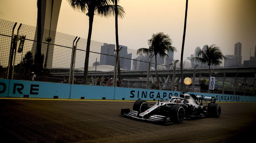 """Mercedes reafirma compromisso """"a longo prazo"""" com a Fórmula 1"""