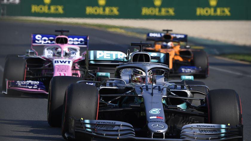 Lewis Hamilton, Mercedes, no Grande Prémio da Austrália. Foto: Julian Smith/EPA