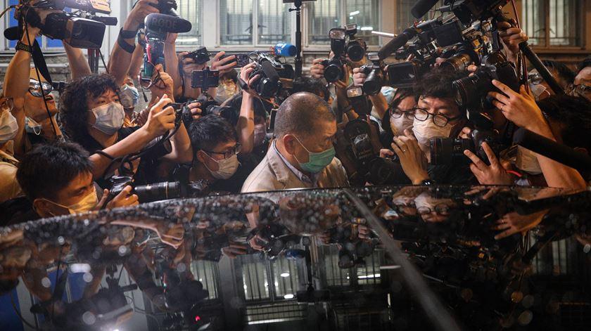 "Hong Kong. ""Continuemos a lutar!"", apela magnata Jimmy Lai"