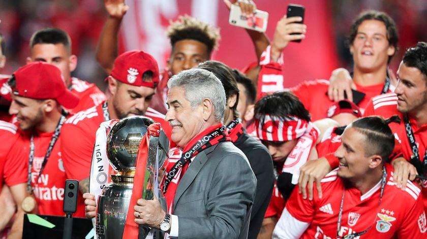 Luís Filipe Vieira também agradece a Rui Vitória