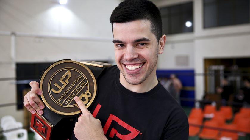 Luís Salvador, campeão do Wrestling Portugal
