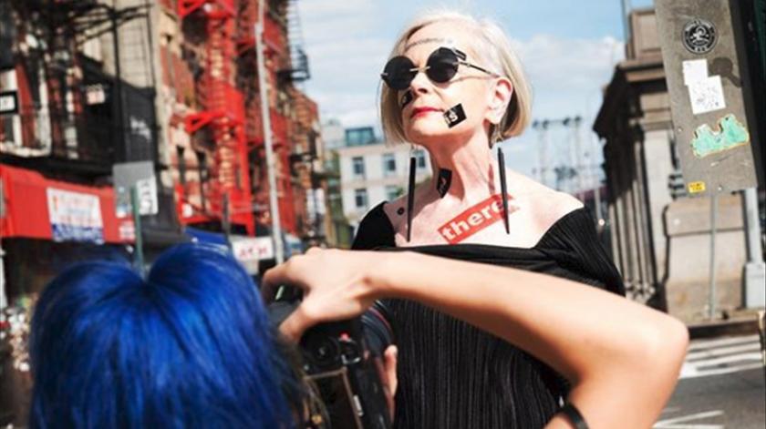 Lyn Slater tornou-se famosa ao ser fotograda na rua. Foto: @iconaccidental/Instagram