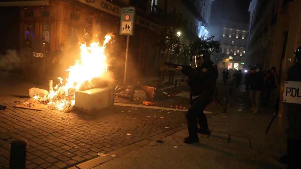 Madrid foi outro palco dos protestos. Foto: JuanJo Martin/EPA
