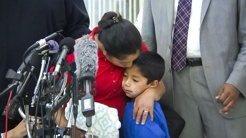 """Mãe da Guatemala reúne-se com filho. """"Temos de vencer esta batalha"""""""