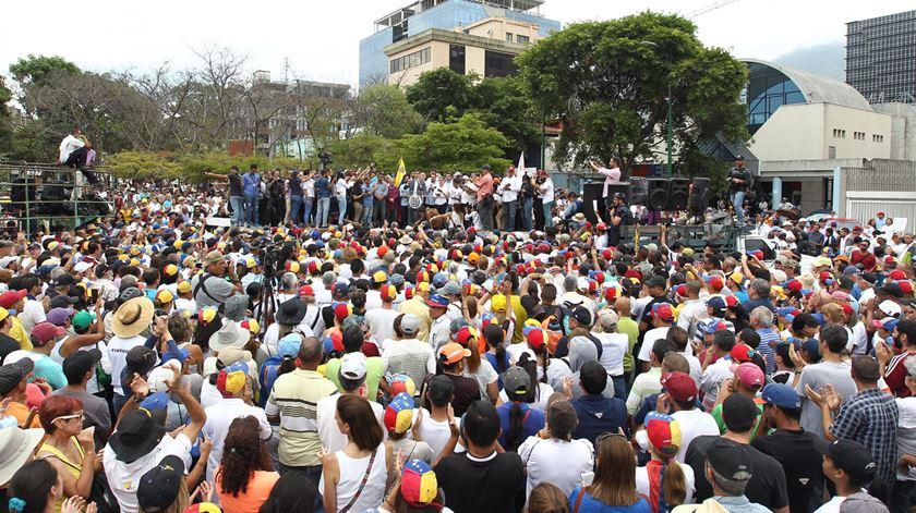 Venezuela. Concentração promovida por Guaidó não encheu praça de Caracas