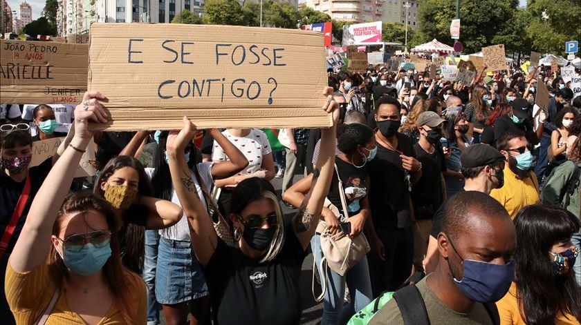 """""""E se fosse contigo?"""" Milhares protestam contra o racismo em várias cidades portuguesas"""