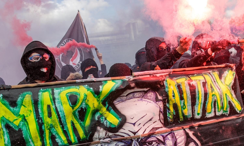 Primeiro de Maio tem mais de 200 detidos em Paris