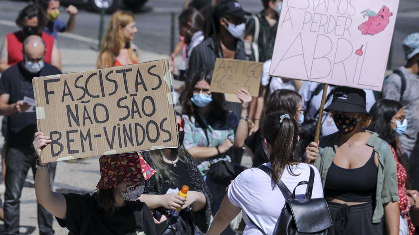 """Racismo. Centenas manifestam-se em Lisboa e Porto contra """"vil ameaça"""" da extrema-direita a deputadas e ativistas"""