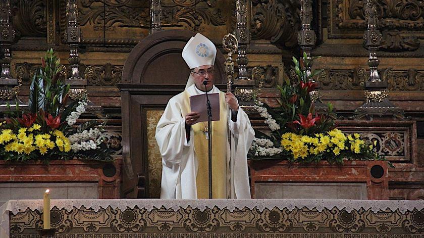 """Bispo do Porto critica novo """"esclavagismo laboral"""" e """"civilização sem alma"""" da realidade virtual"""