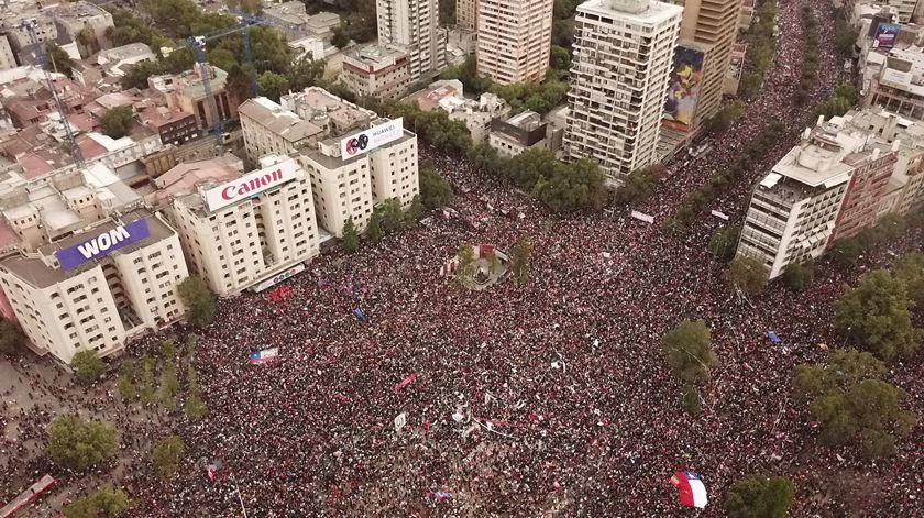 Mais de um milhão de pessoas em manifestação histórica no Chile