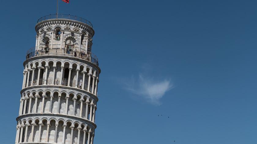 Itália é o país com maior densidade de edifícios tortos