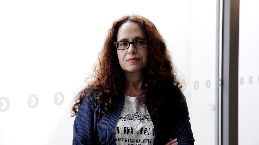Maria José Casa-Nova, investigadora da Universidade do Minho e coordenadora do Observatório das Comunidades Ciganas. Foto: Joana Gonçalves/ RR