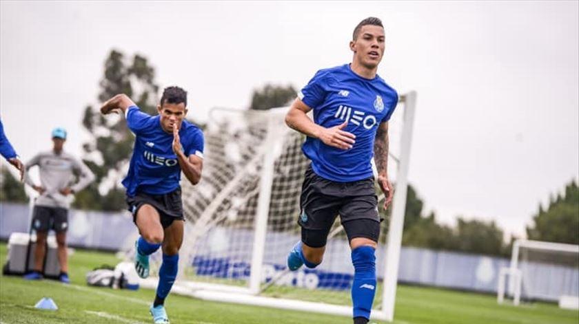 Pepe, Nakajima e Zé Luís não treinam na véspera da Taça da Liga