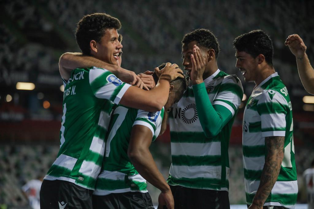 Jovane bisou e resolveu a meia-final, em Leiria. Foto: Paulo Cunha/Lusa