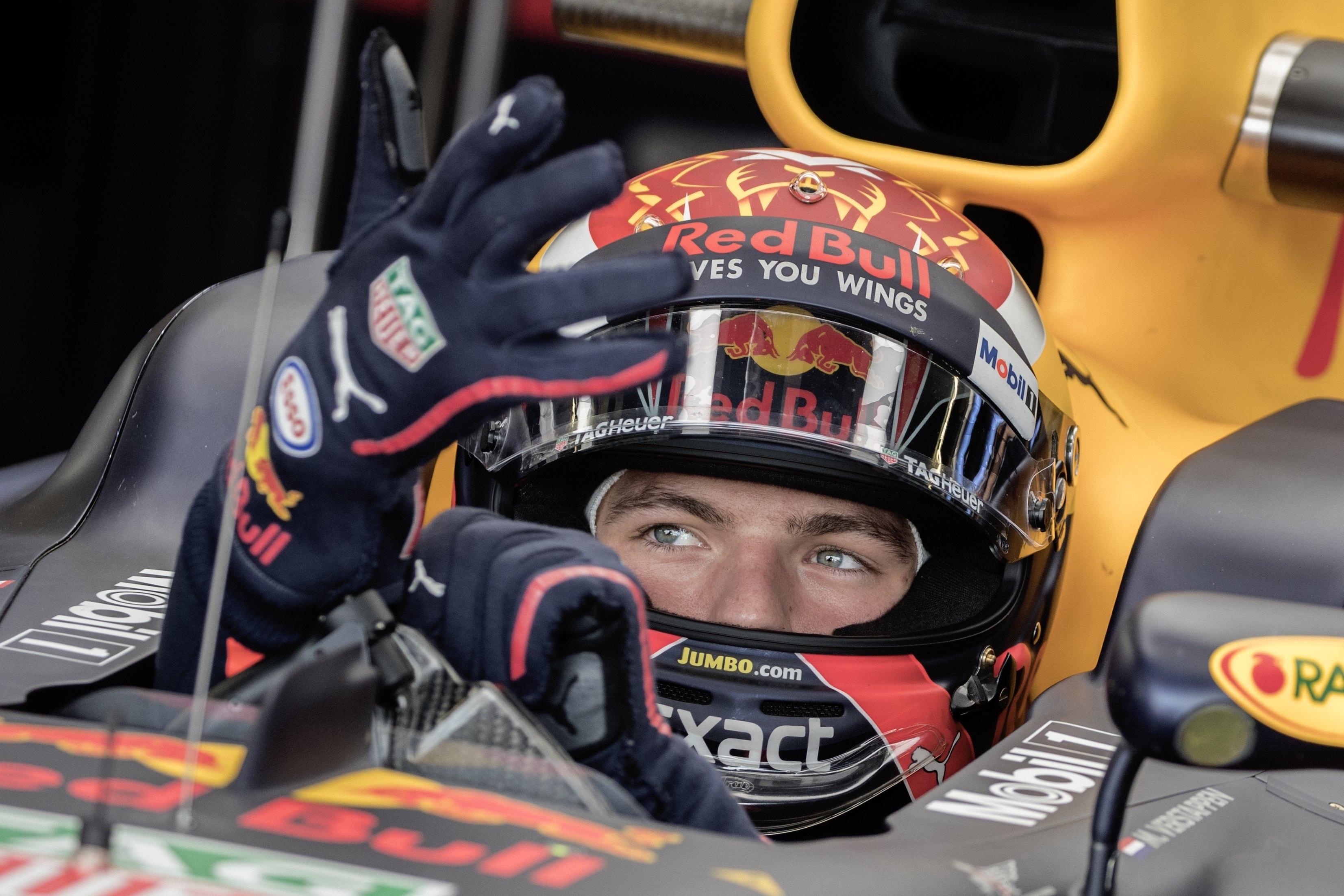 F1: Red Bull renova contrato com Verstappen até 2020