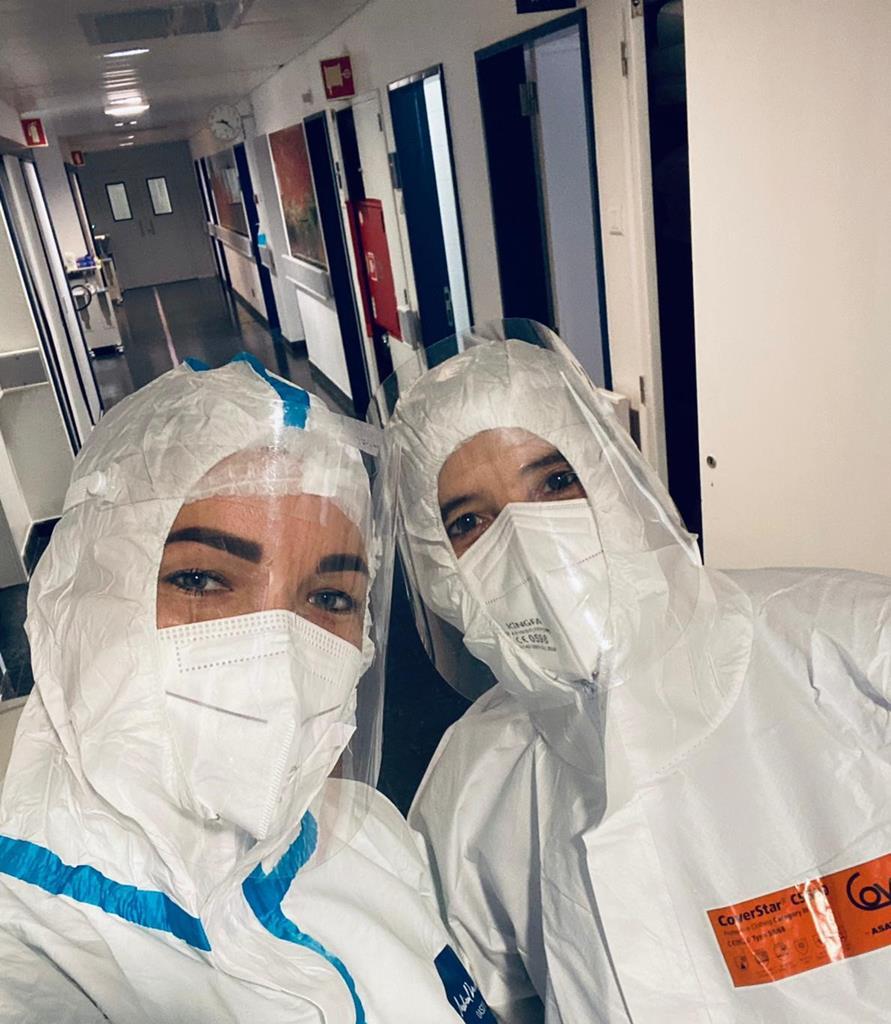 Médica luxemburguesa Modesta Dargeviciute e a enfermeira lusodescendente Filomena Silva Costa. Foto: Modesta Dargeviciute