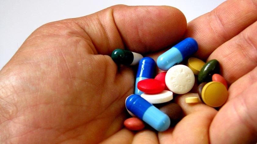 OCDE. Consumo de antidepressivos disparou em Portugal