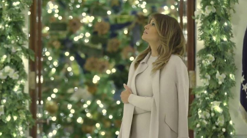 """""""O espírito da América brilha na Casa Branca"""". Melania Trump revela decorações de Natal"""