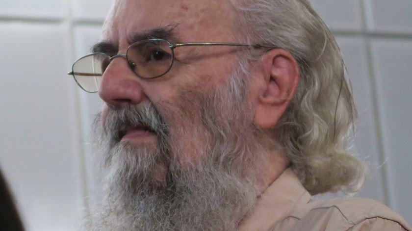 Morreu o poeta Ernesto Manuel de Melo e Castro
