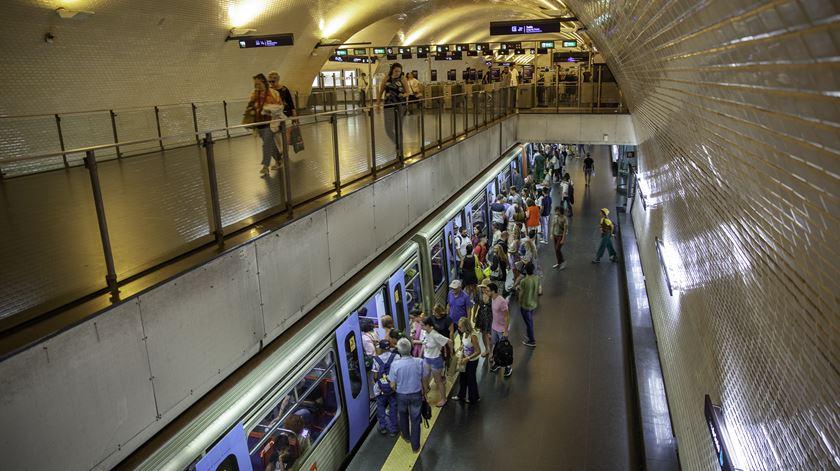 Circulação normalizada após avaria de comboio na Linha Verde do Metro de Lisboa