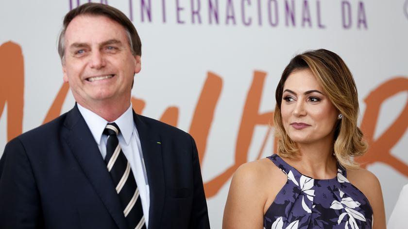 Após ter Covid-19, Bolsonaro tem infeção pulmonar e está a antibióticos