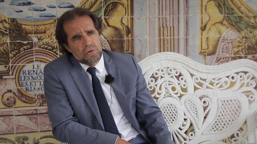 """Apoiar Ventura? Miguel Albuquerque diz convite do Chega """"ainda não chegou"""""""