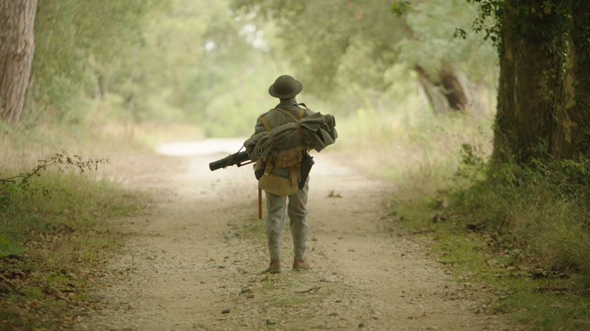 """""""Soldado Milhões"""". Entre as trincheiras da guerra e as da serra"""