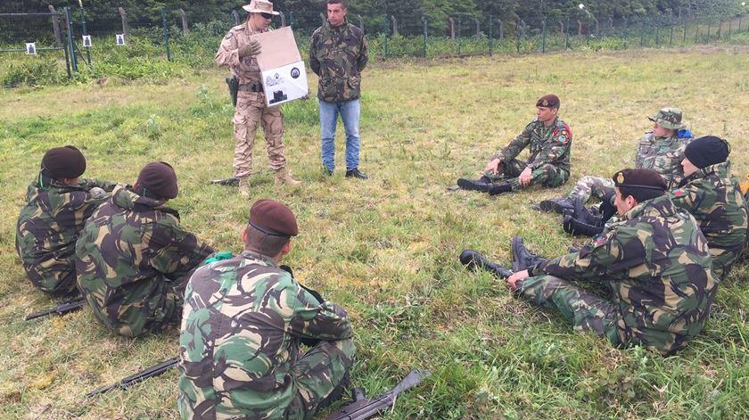 Militares portugueses preparam missão no Iraque. Reportagem de Ana Rodrigues