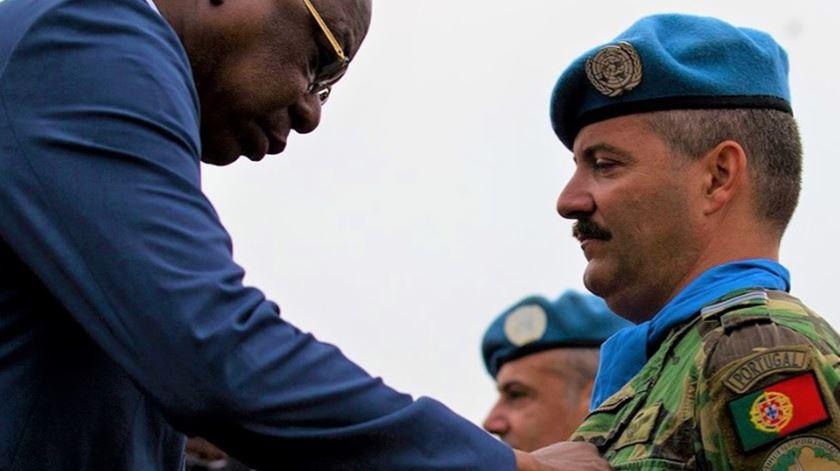 Militares portugueses na RCA distinguidos com Medalha das Nações Unidas