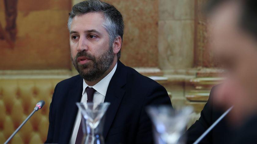 """""""Requisição temporária de imóveis levanta dificuldades"""", admite ministro"""