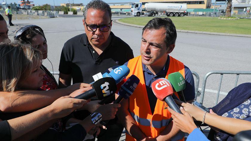 Francisco São Bento, presidente do sindicato, ao lado de Pardal Henriques. Foto: Miguel A. Lopes/Lusa