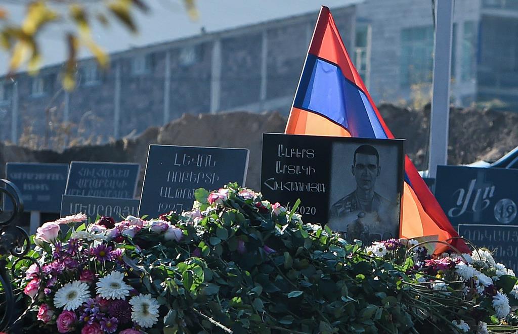 Ainda a sofrer com a derrota imposta em Karabakh, a Arménia acusa agora o Azerbaijão de invadir o seu território. Foto: Lusi Sargsyan/EPA