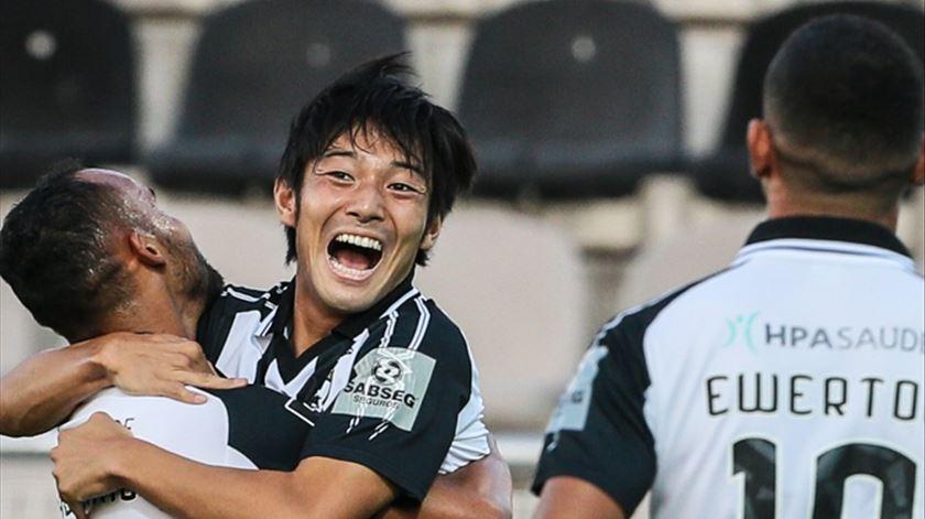 "Tsubasa, és tu? Portimonense vence com ""bis"" japonês"