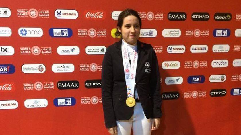 Portuguesa Nathalie Sousa sagra-se campeã mundial de equitação adaptada