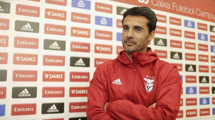 """Sem Bruno Lage, """"Nelson Veríssimo vai estar à altura no banco do Benfica"""""""