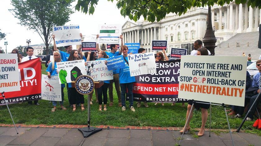 Fim da neutralidade da internet motiva manifestações um pouco por todos os EUA. Foto: DR
