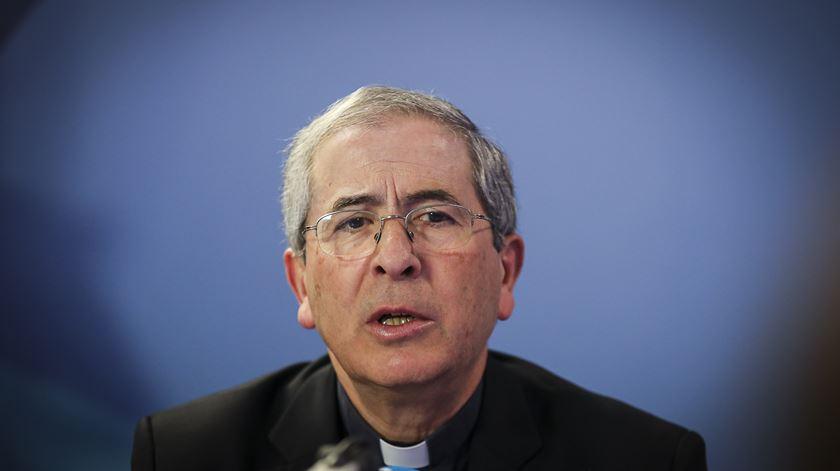 """Bispo de Santarém: """"Vamos esperar que cheguem todos a recasados para depois cuidar?"""""""