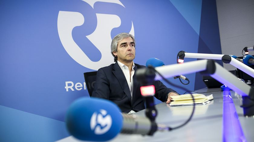 "Nuno Melo acusa Costa de ""crime de lesa pátria"" e de fomentar populismos"