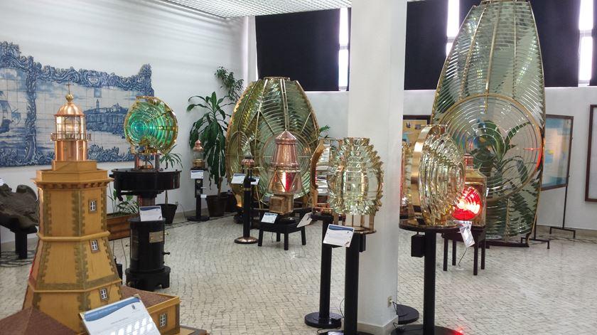 O Núcleo Museológico dos Faróis, em Paço D'Arcos, oferece a entrada todas as quartas-feiras à tarde e nos primeiro e terceiro domingos de cada mês.