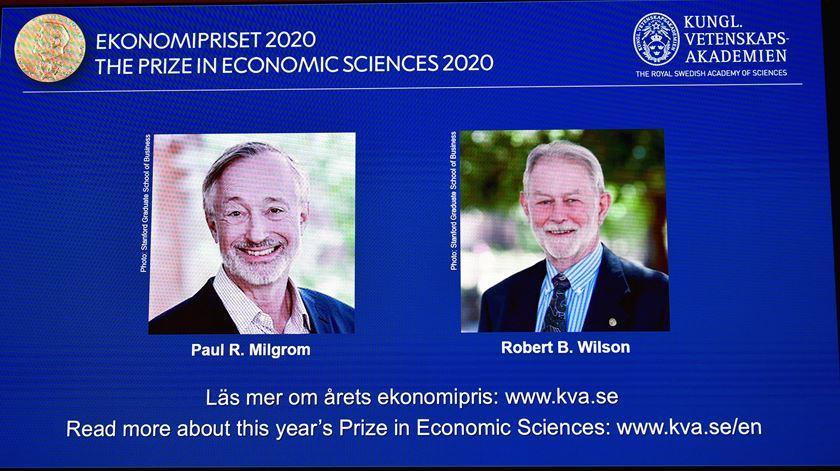 Nobel da Economia para Paul Milgrom e Robert Wilson