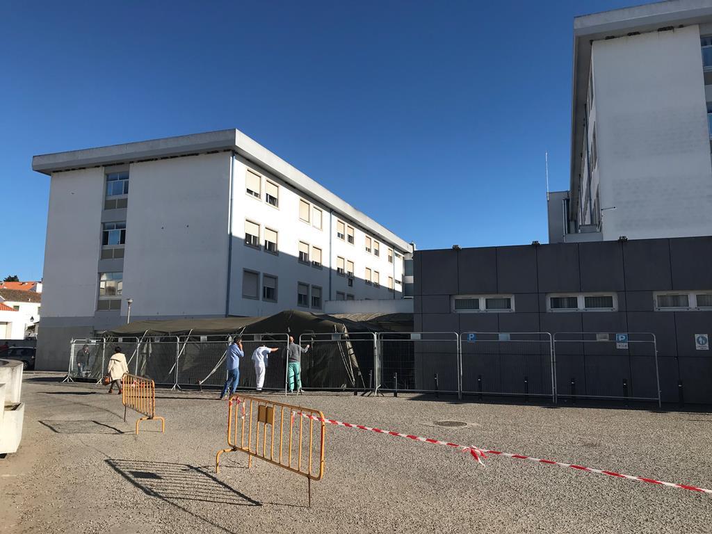 Hospital de Évora com procura uito superior à oferta em tempo de pandemia. Foto: Rosário Silva/RR